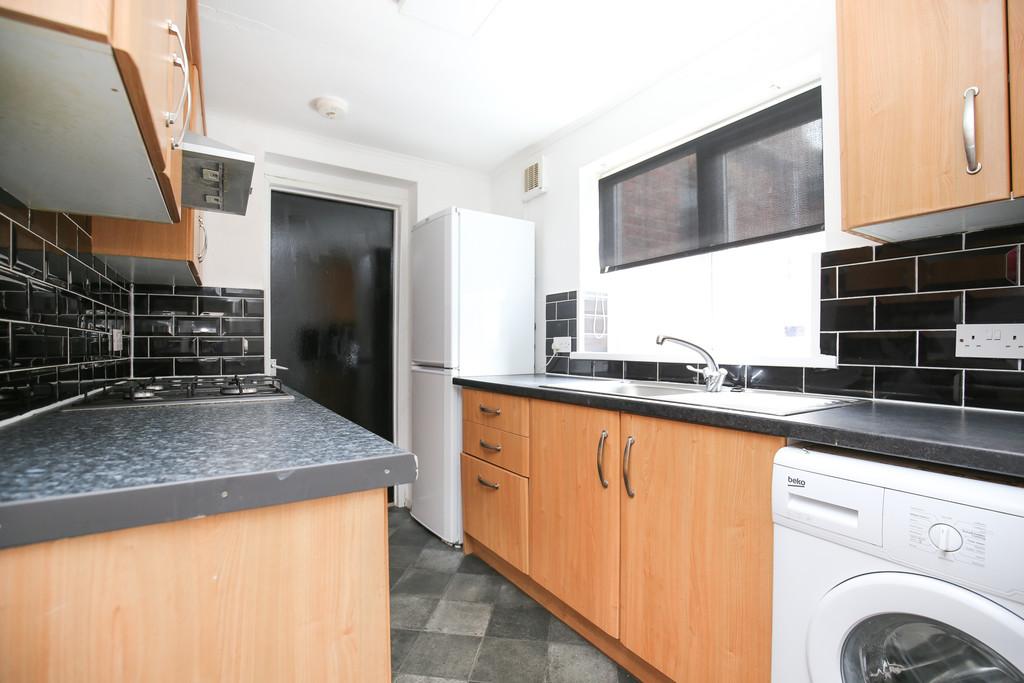 4 bedroomstudent                maisonette               for rent in fenham