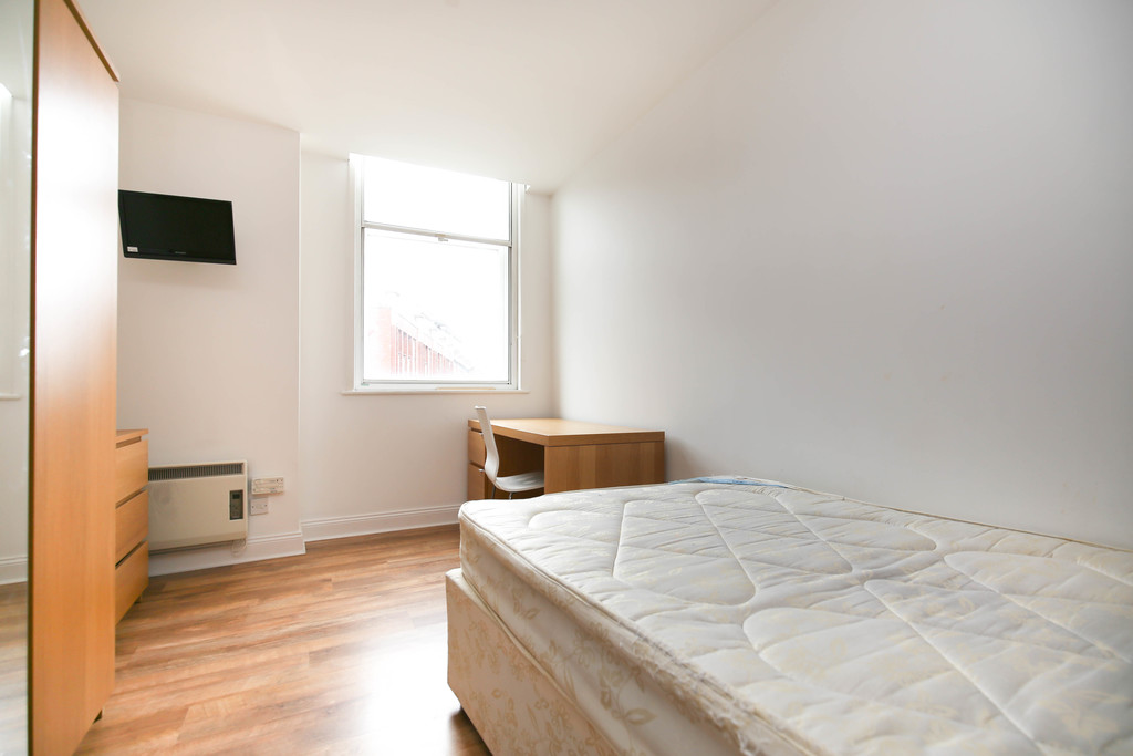 2 bedroomstudent                flat               for rent in 70 st andrews street