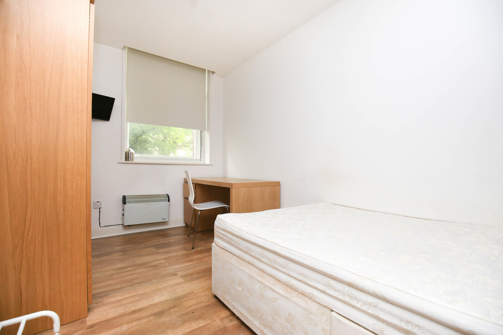 1 bedroomstudent                apartment                for rent in 70 st andrews street