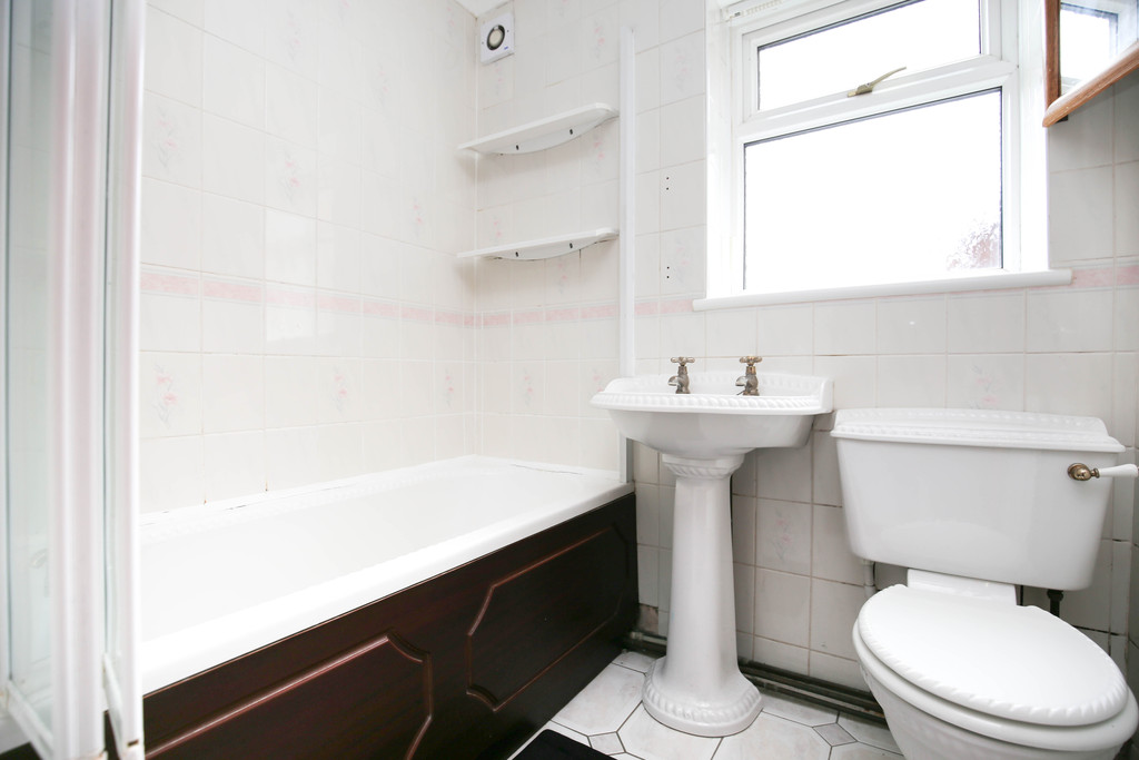 2 bedroom											student 					               		flat               		for rent in gosforth