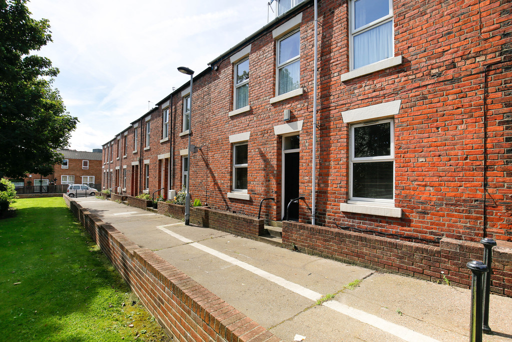 2 bedroomstudent                flat               for rent in spital tongues