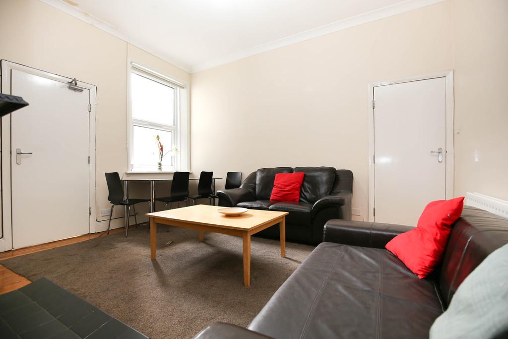 3 bedroomstudent                flat               for rent in jesmond