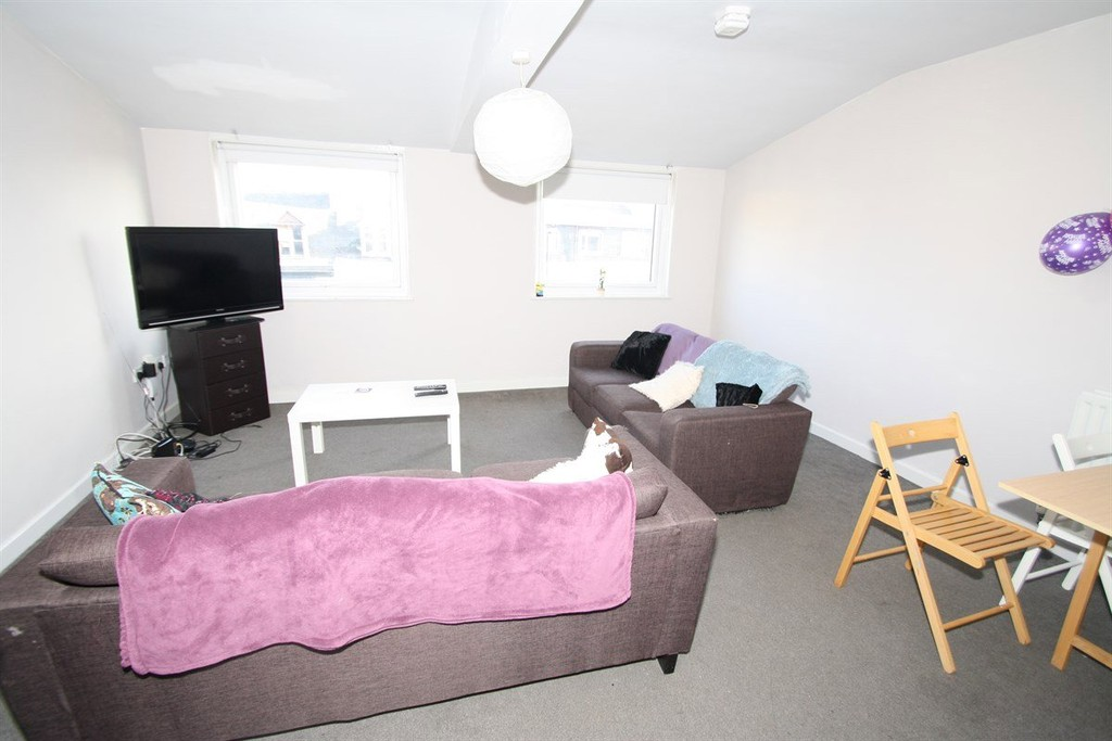 6 bedroom											student 					               		apartment               		for rent in osborne road