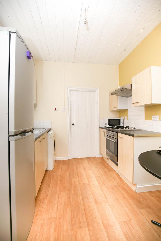 2 bedroomstudent                ground floor flat               for rent in jesmond