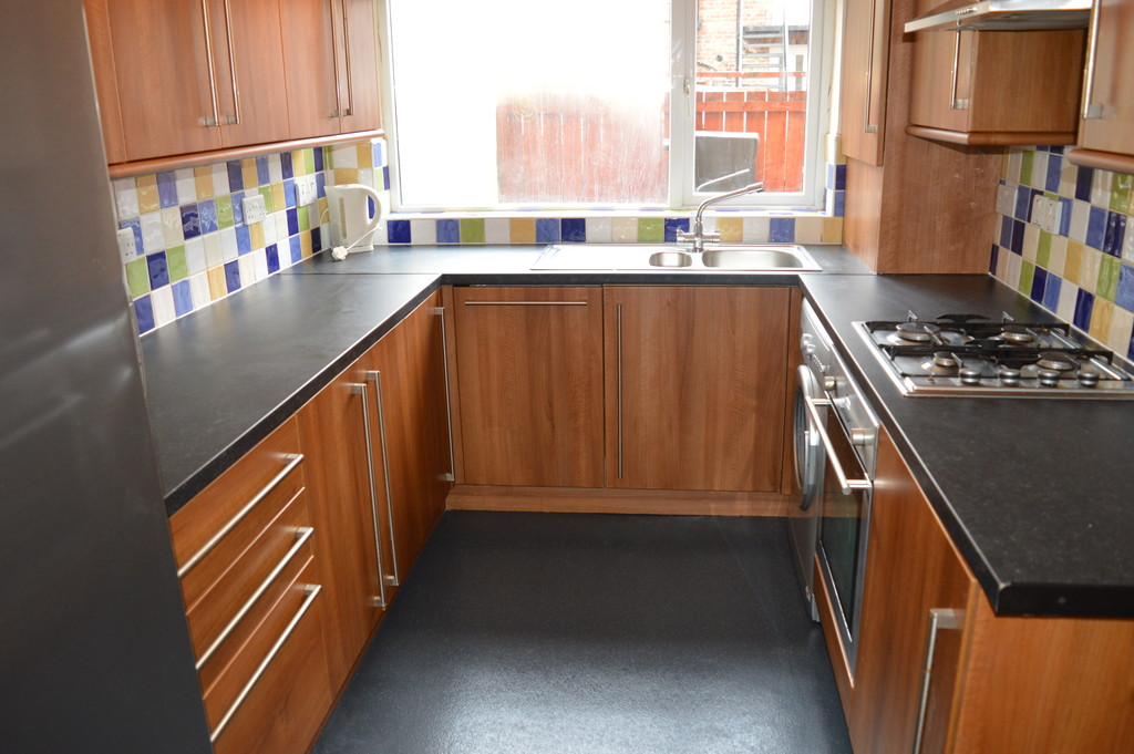 shared house										               		               		for rent in heaton