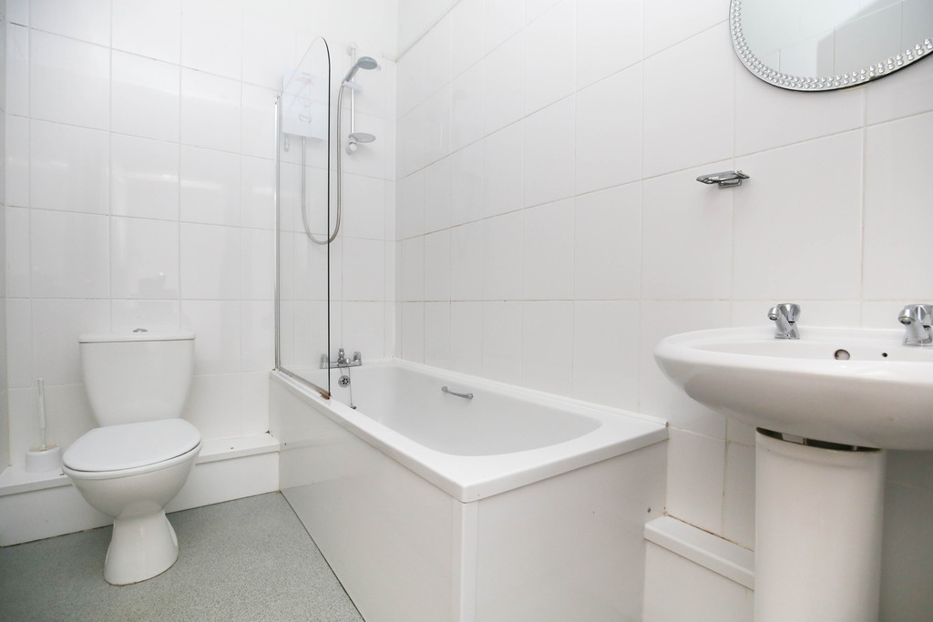 4 bedroomstudent                flat               for rent in city centre