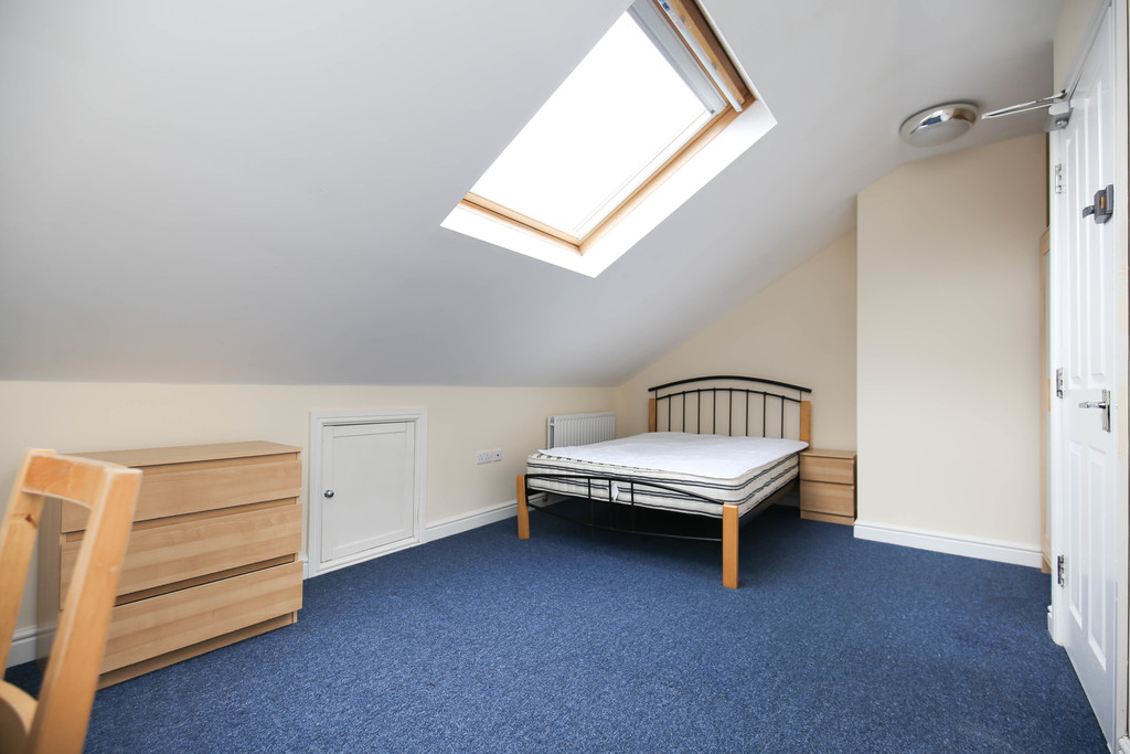 5 bedroom											student 					               		maisonette               		for rent in south gosforth