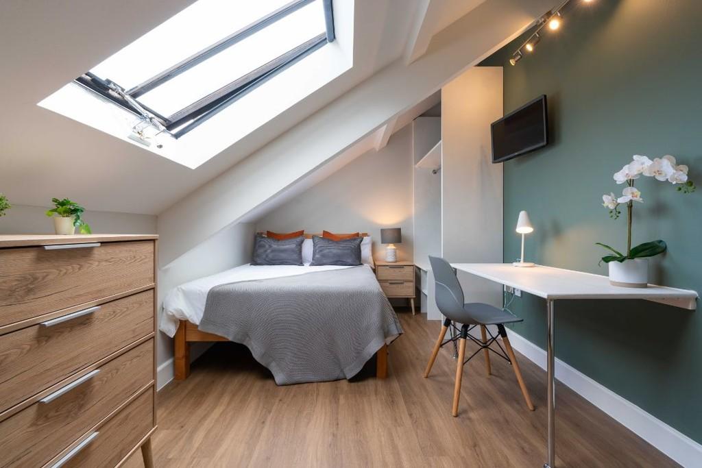 6 bedroomstudent                apartment               for rent in jesmond