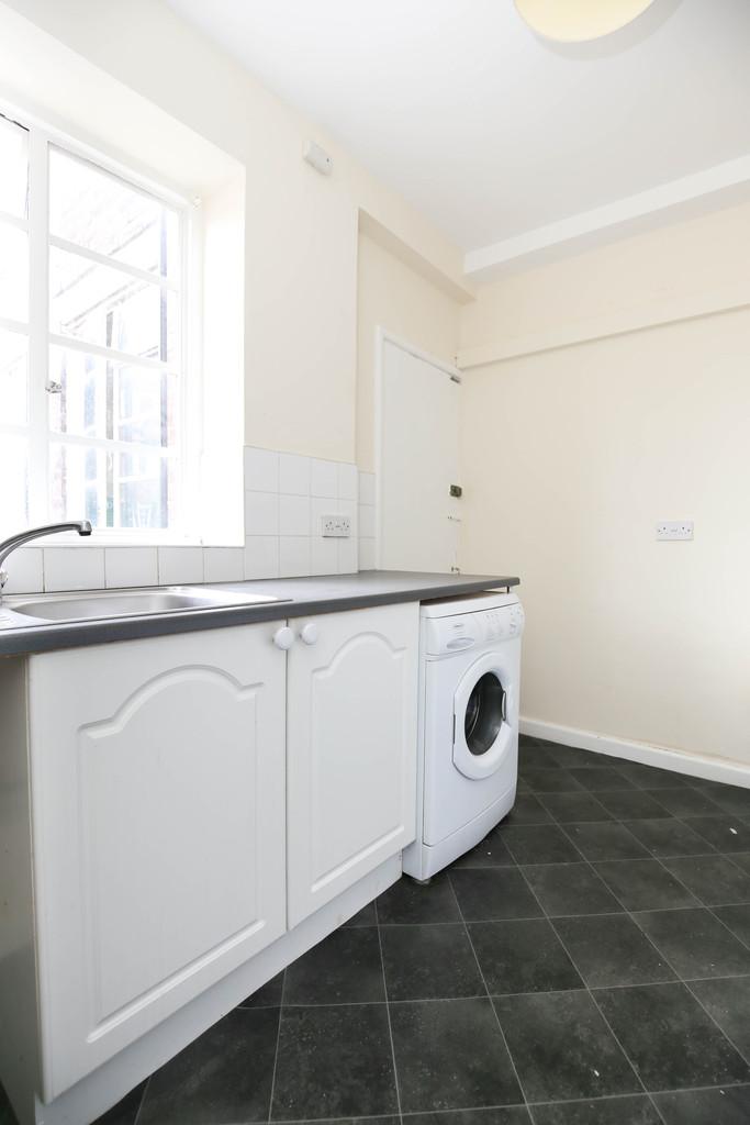 2 bedroom               flat               for rent in jesmond