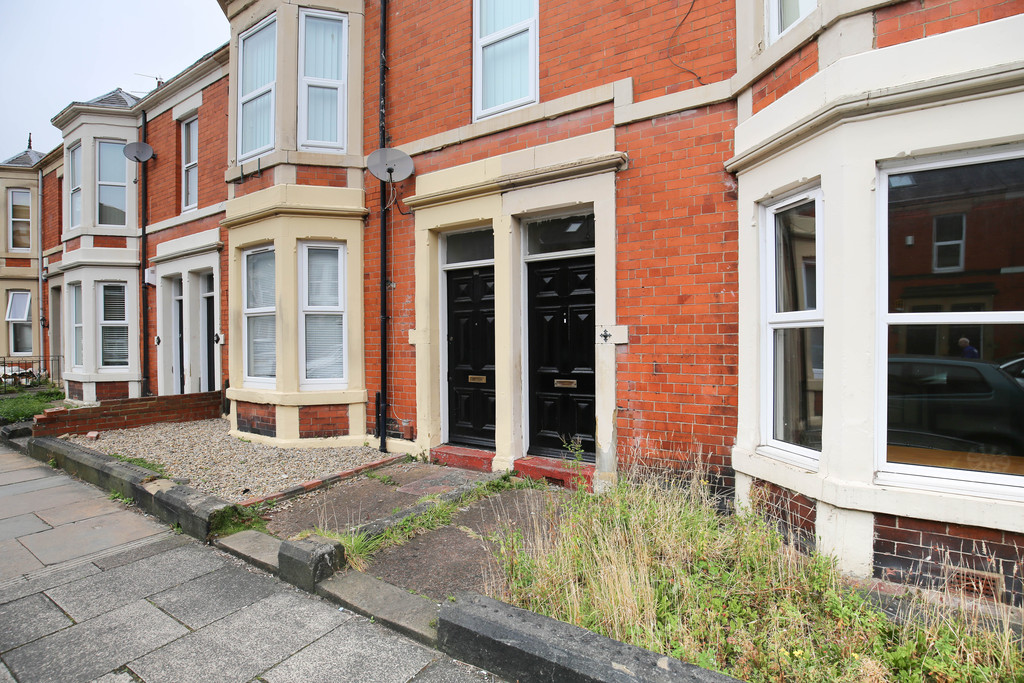 2 bedroomstudent                flat / apartments               for rent in jesmond
