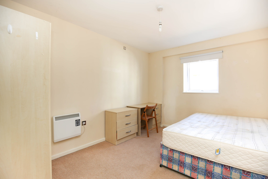 3 bedroom											student 					               		apartment               		for rent in melbourne street