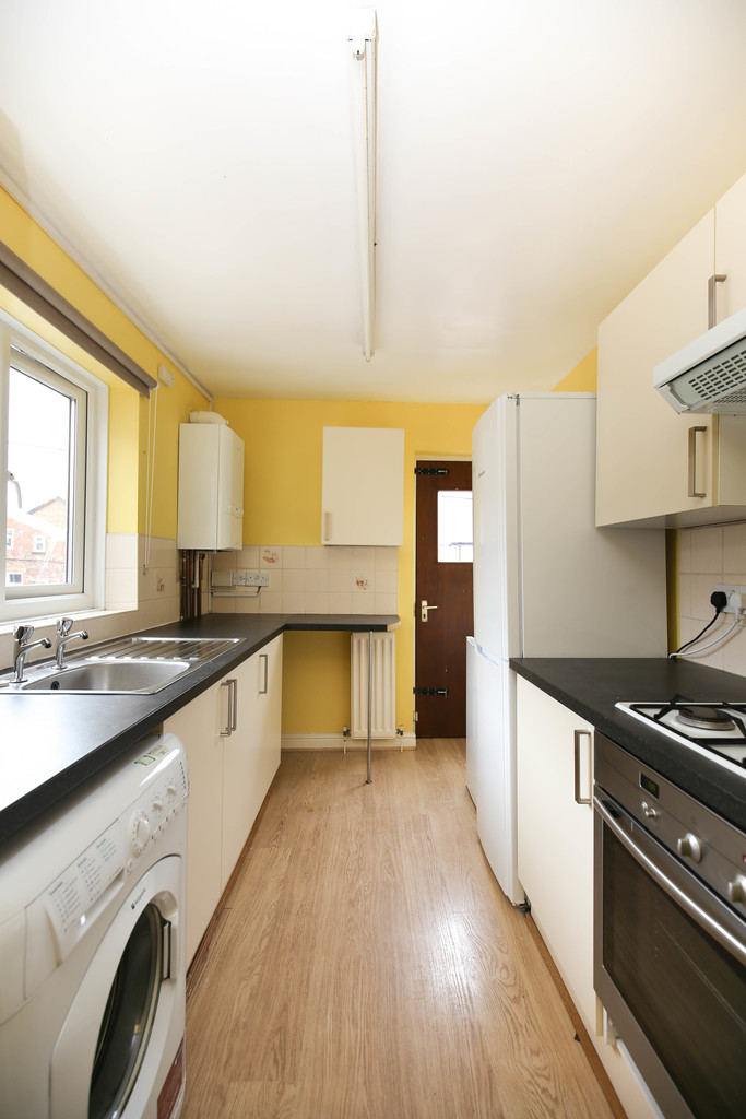 5 bedroomstudent                               for rent in heaton