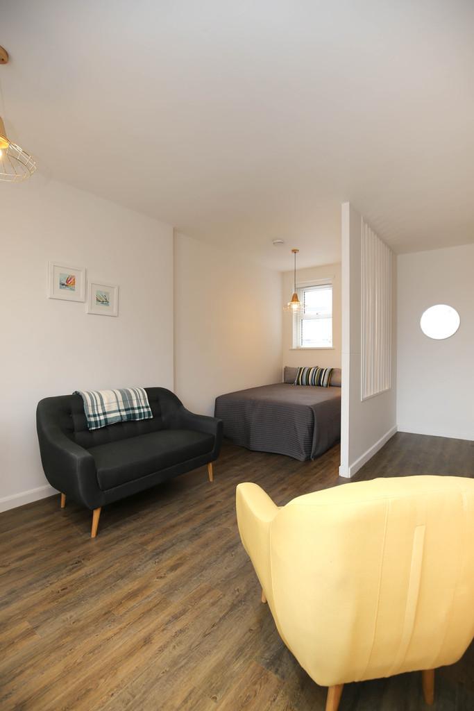 studio                              for rent in jesmond