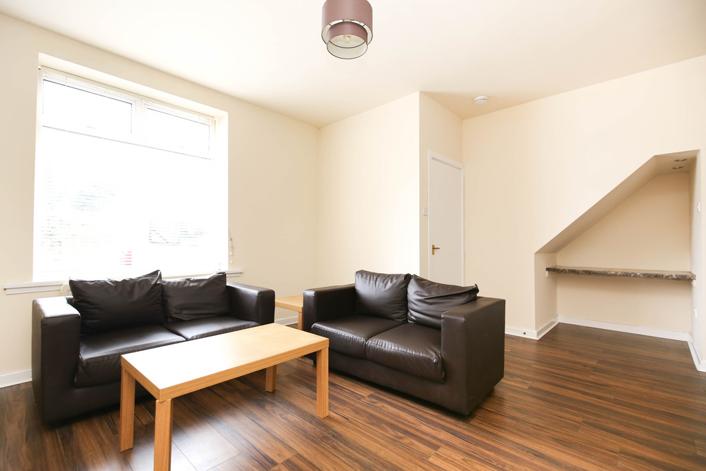 2 bedroom											student 					               		flat               		for rent in byker