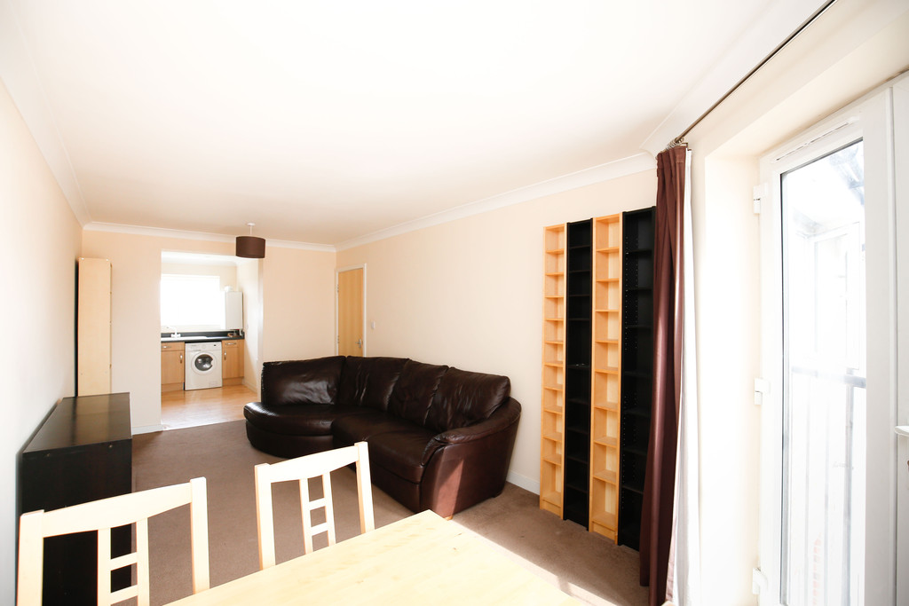 4 bedroomstudent                penthouse apartment               for rent in heaton