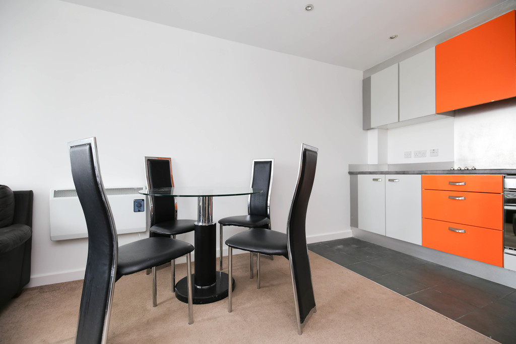 2 bedroom               apartment               for rent in waterloo square
