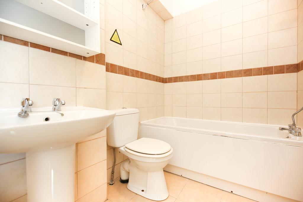 2 bedroom               ground floor flat               for rent in sandyford