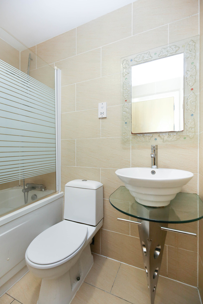 3 bedroom               apartment               for rent in hanover street