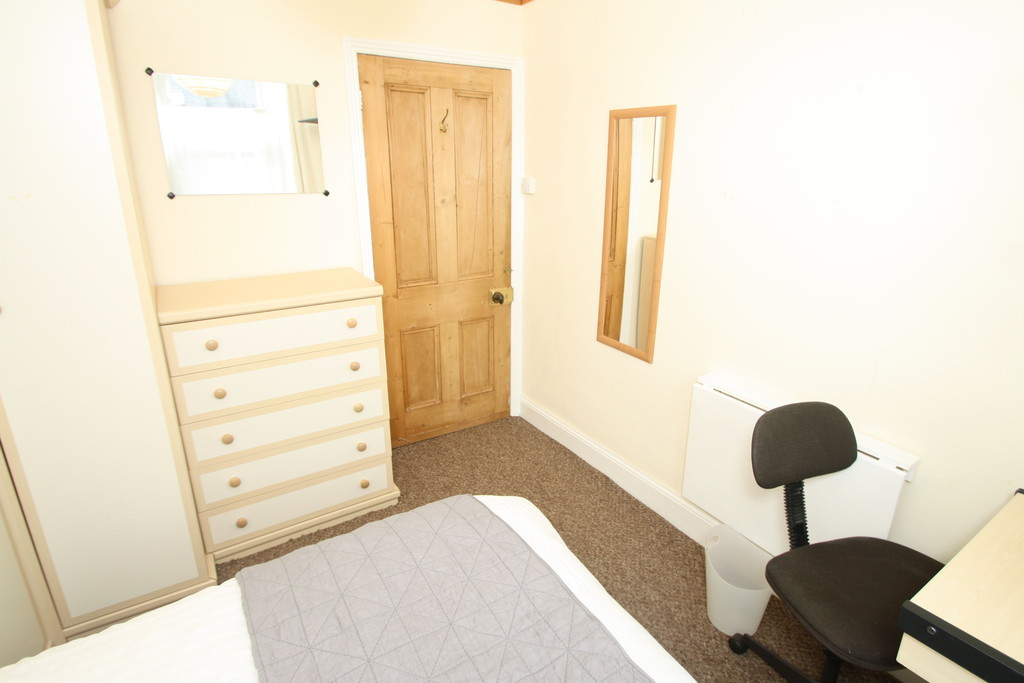 3 bedroom											student 					               		upper flat               		for rent in jesmond