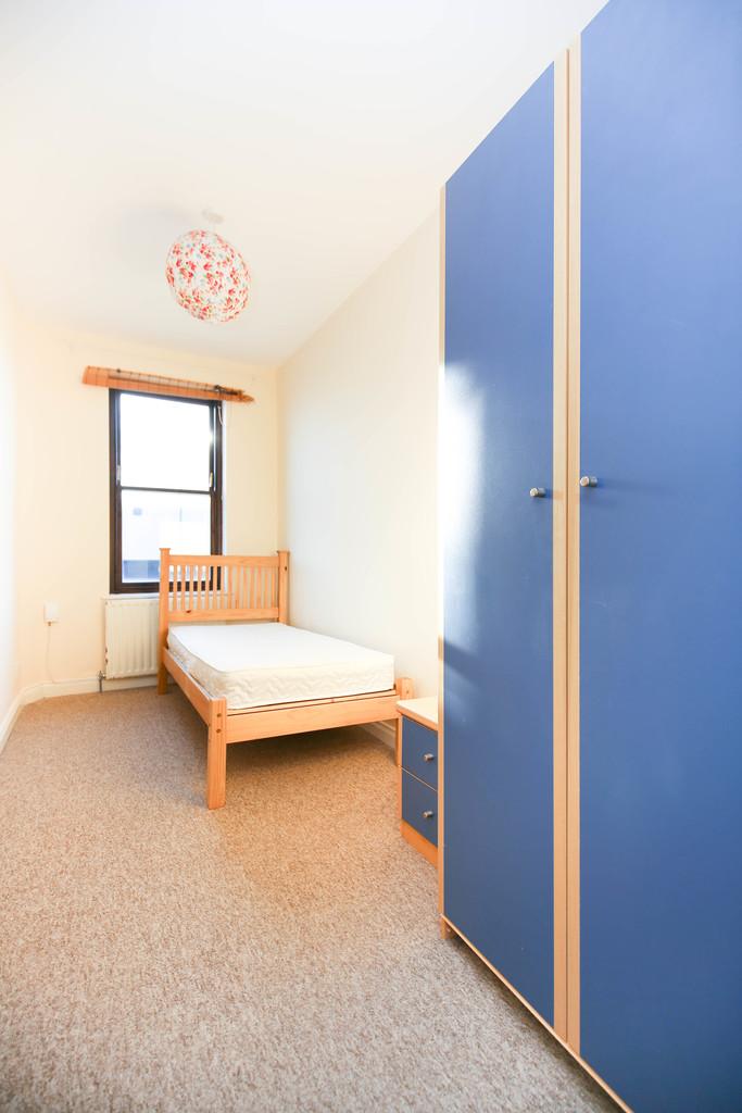 3 bedroomstudent                maisonette               for rent in byker