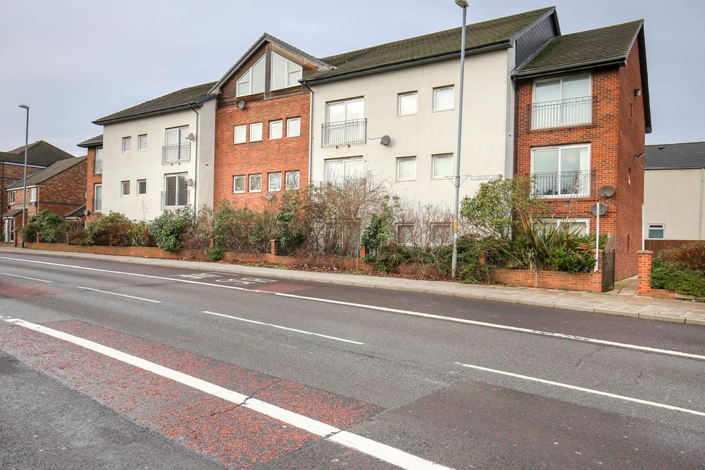 2 bedroom               apartment               for rent in bensham road