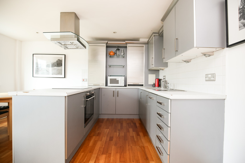 2 bedroomstudent                apartment               for rent in rutherford street