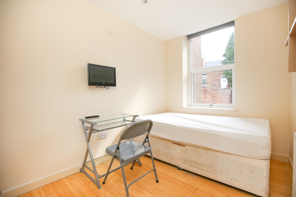 3 bedroom											student 					               		               		for rent in heaton