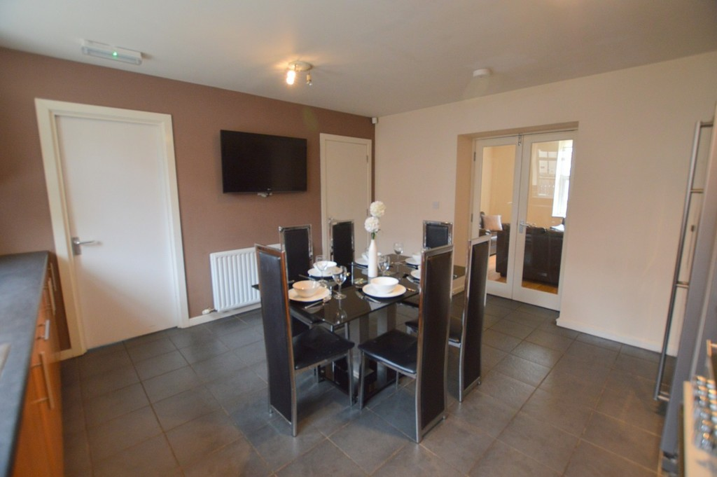 8 bedroomstudent                terraced house                for rent in heaton