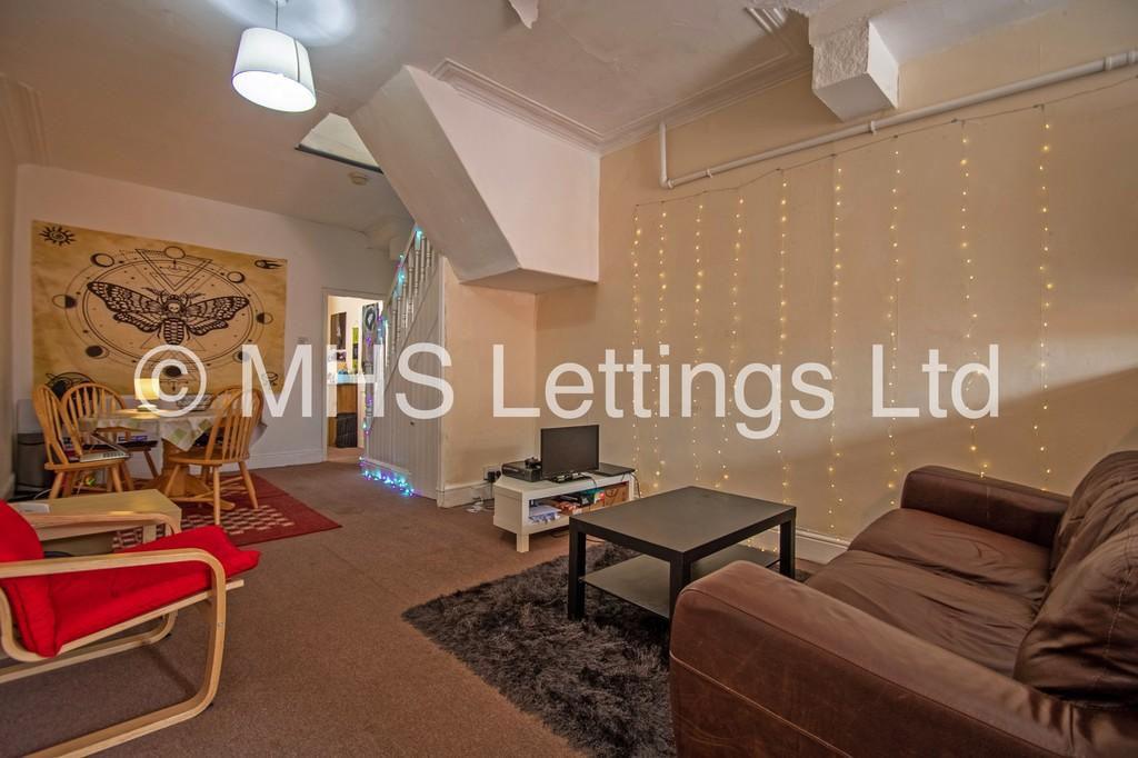 172a Woodhouse Lane, Leeds, LS2 9HB