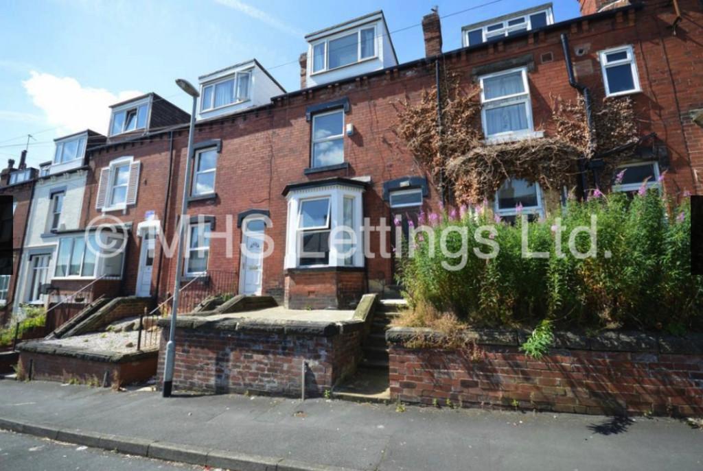25 Highbury Terrace, Leeds, LS6 4ET
