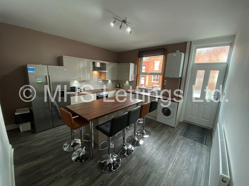 15 Brudenell View, Leeds, LS6 1HG