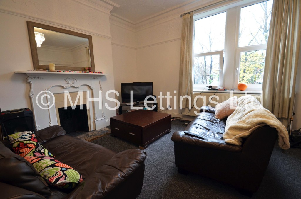 152B Otley Road, Leeds, LS16 5JX