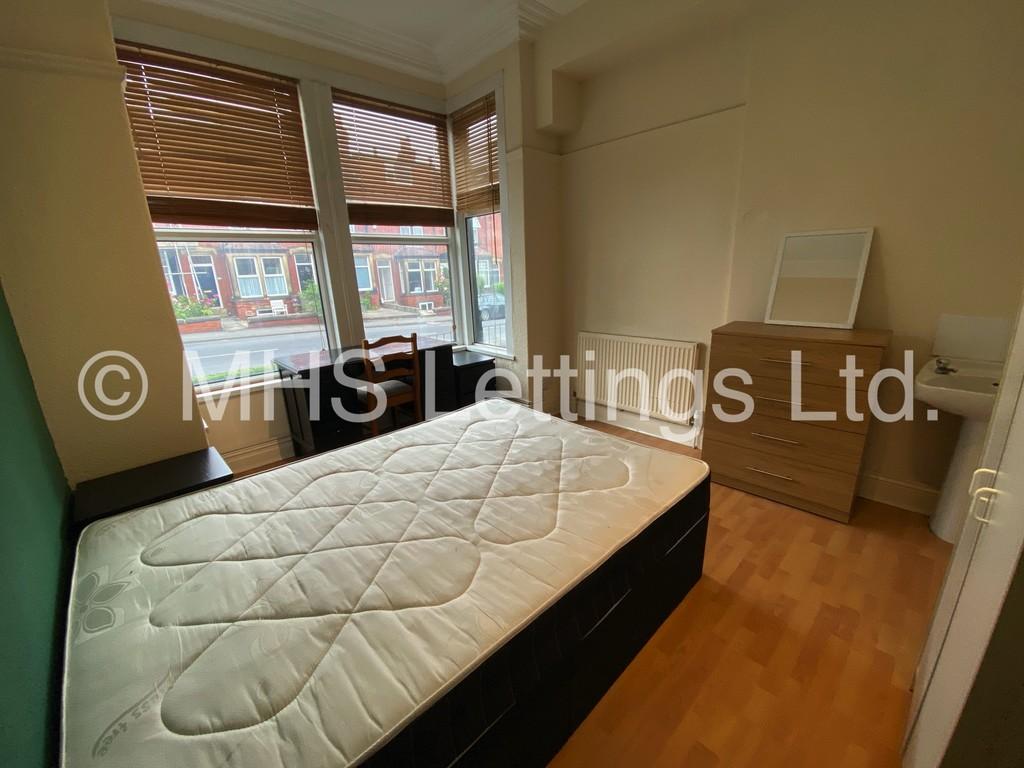 Room 2, 19 Headingley Mount, Leeds, LS6 3EL