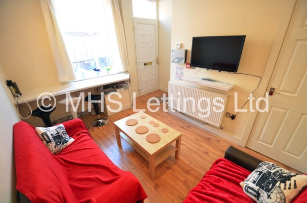 7 Autumn Terrace, Leeds, LS6 1RN
