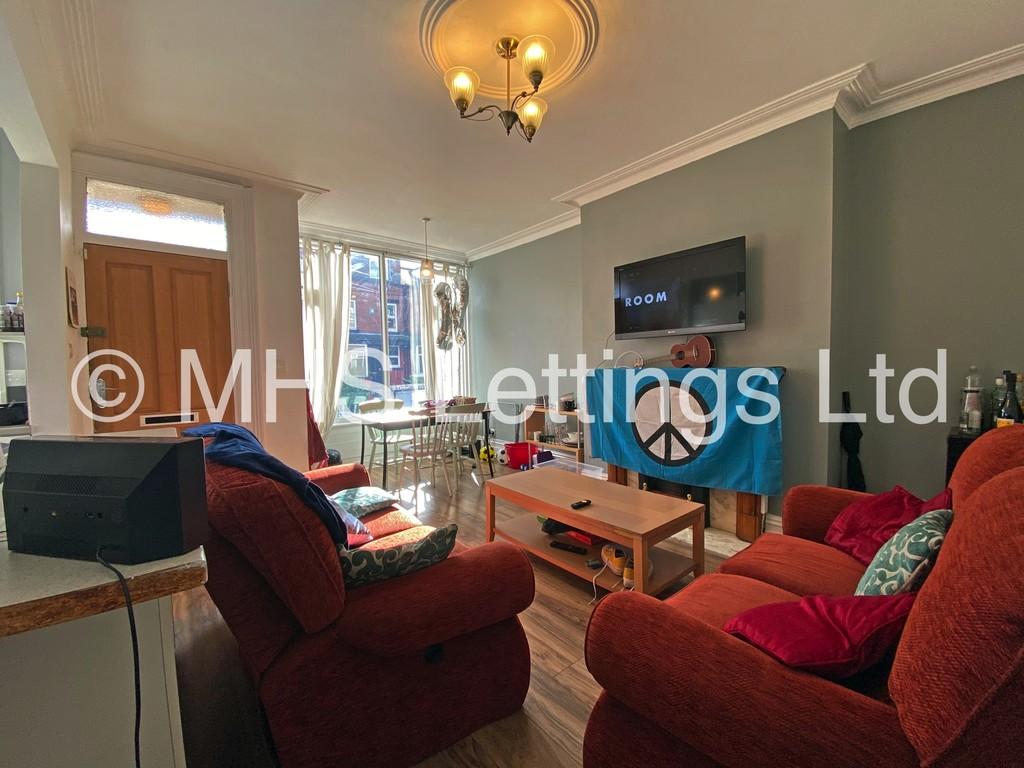 16 Stanmore View, Leeds, LS4 2RW