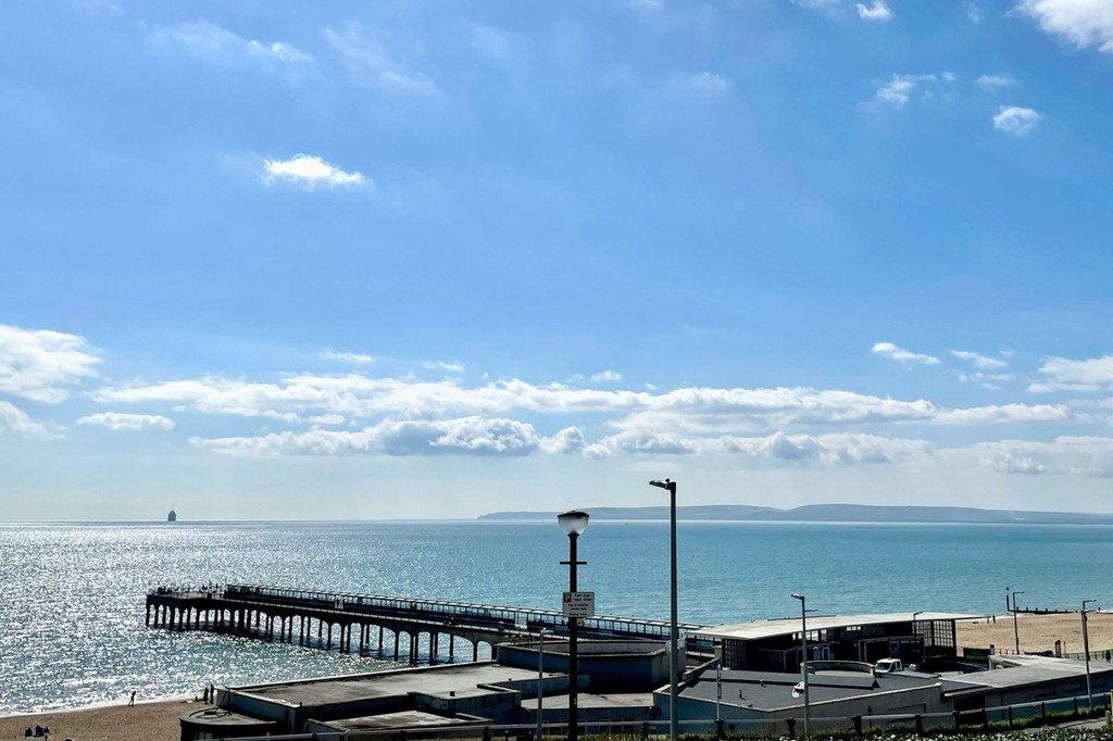 The Point, Marina Close, Boscombe Spa, Bournemouth, Dorset, BH5 1BS