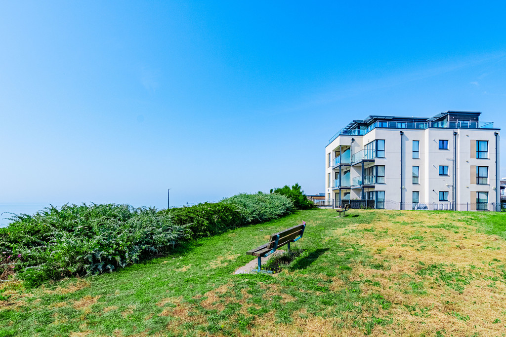 Serenity, 45 St Catherines Road, Southbourne, Dorset, BH6 4AG