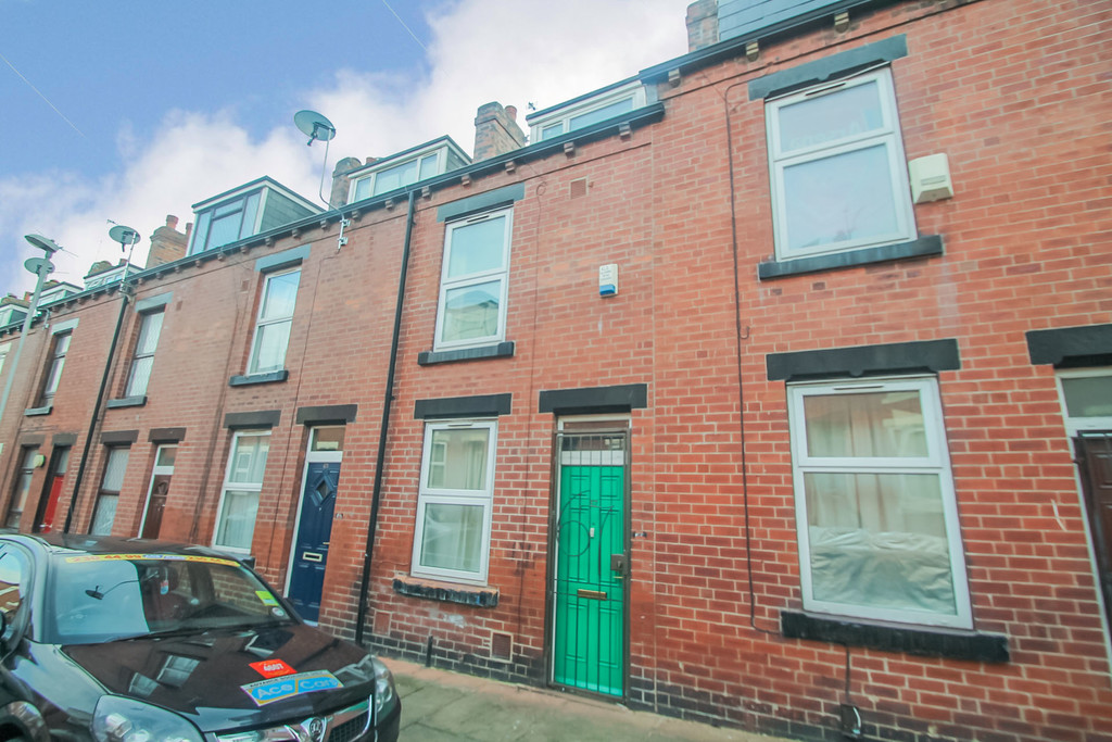 67 Burley Lodge Terrace Image 1