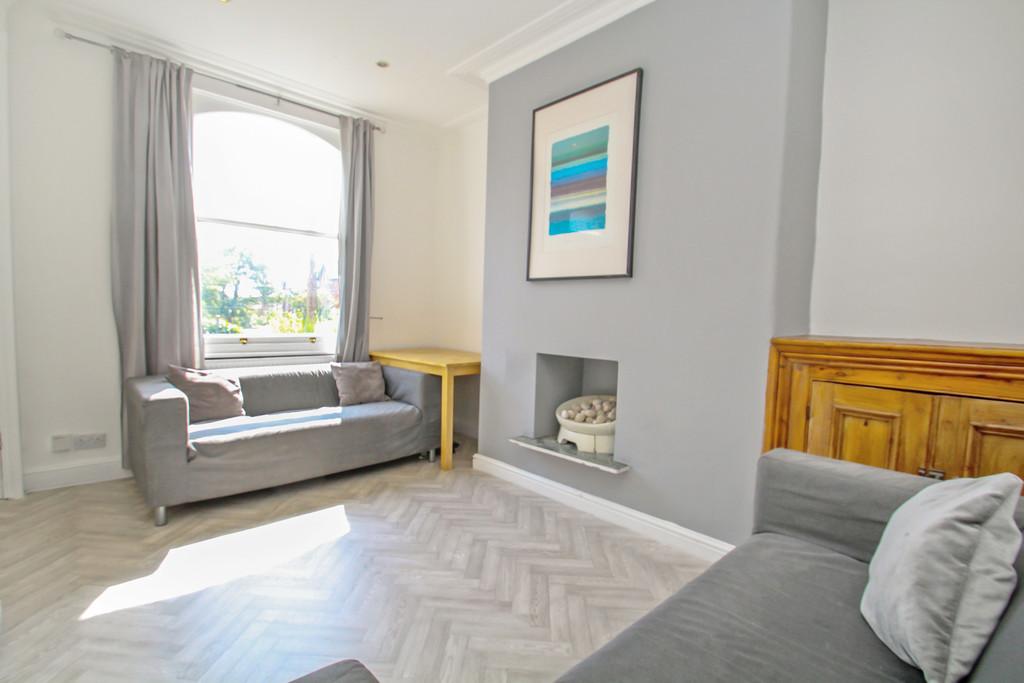 25 Granby Terrace Image 2