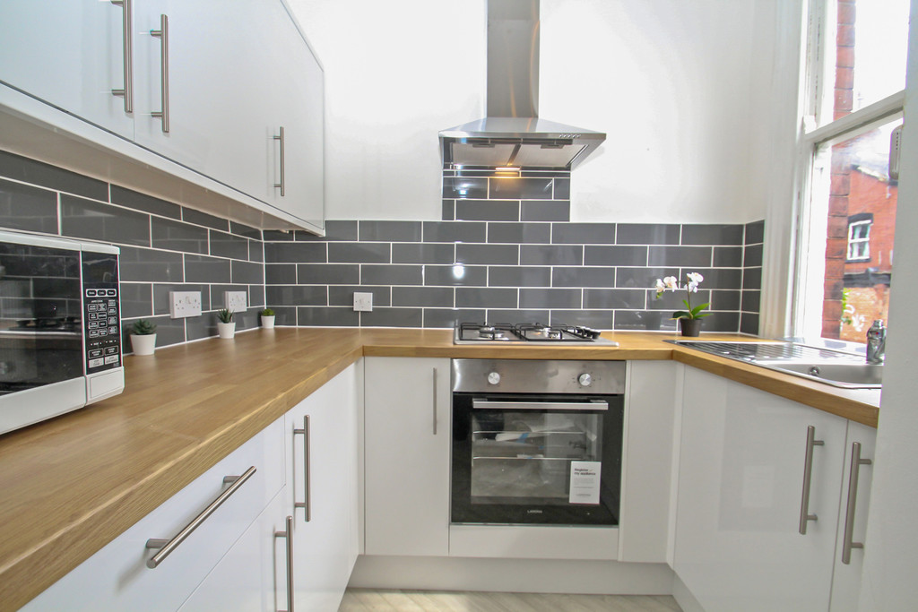 25 Granby Terrace Image 3