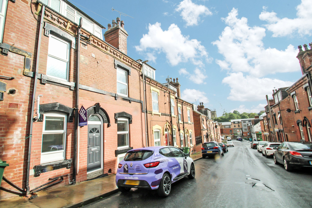 14 Quarry Street Image 1