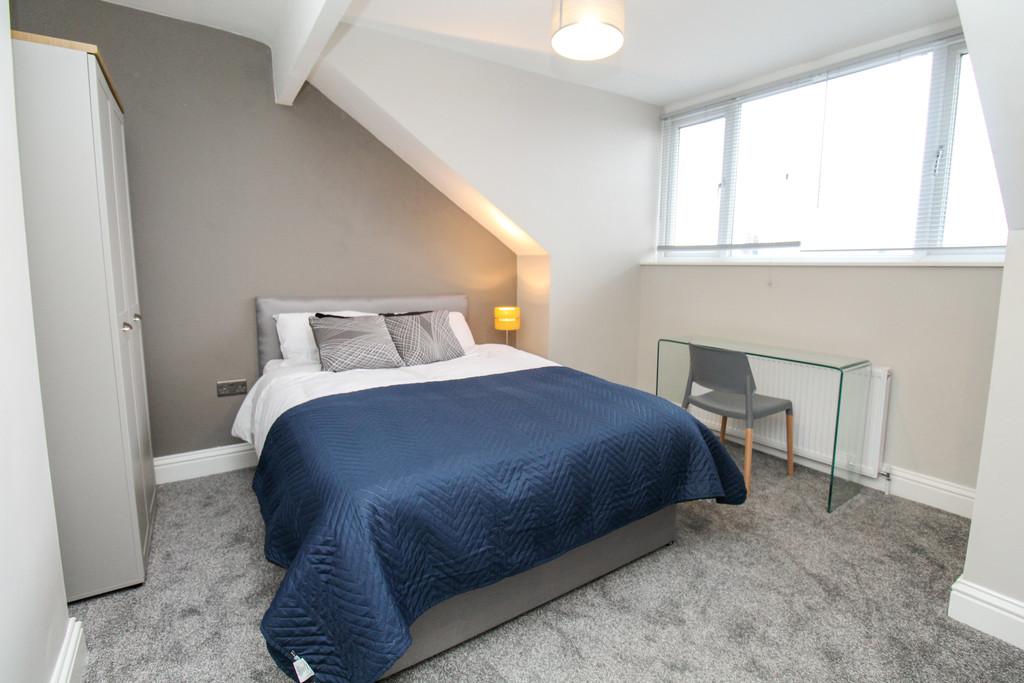55 Highbury Terrace Image 18