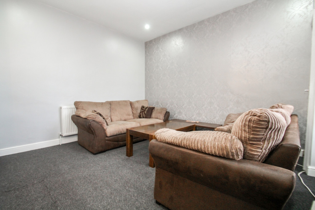 12 Stanmore Hill Image 1