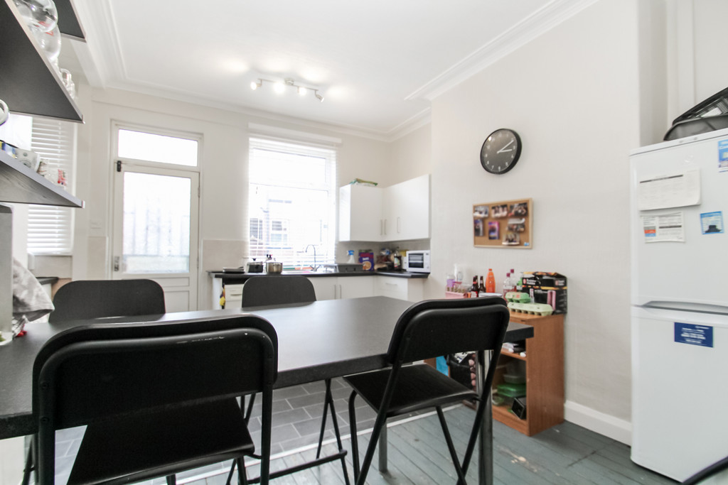 33 Stanmore Road Image 2