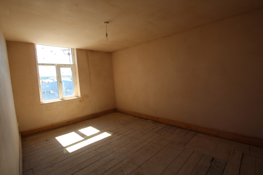Building Plot / Land To Let in Accrington - photograph 3.