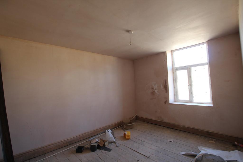 Building Plot / Land To Let in Accrington - photograph 8.