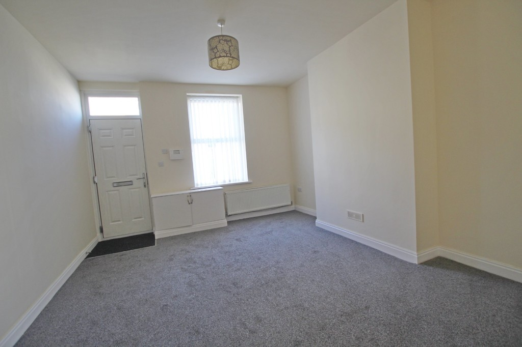 2 bedroom mid terraced house Let Agreed in Burnley - photograph 12.