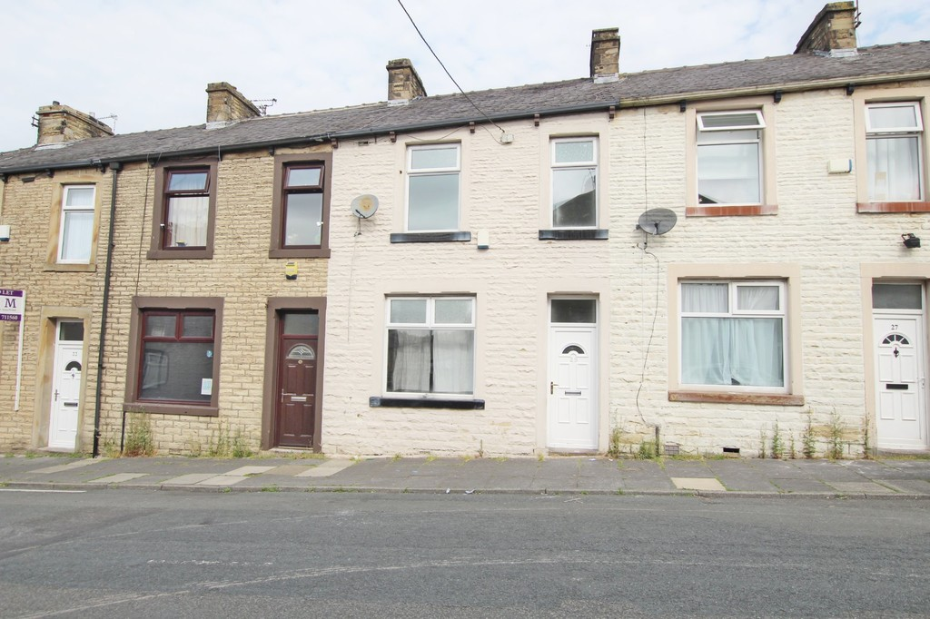 3 bedroom mid terraced house References Pending in Burnley - Main Image.