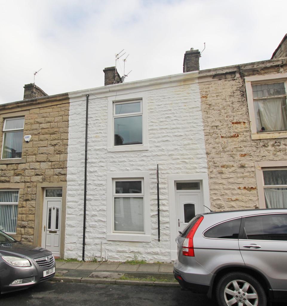 2 bedroom mid terraced house Let Agreed in Blackburn - Main Image.