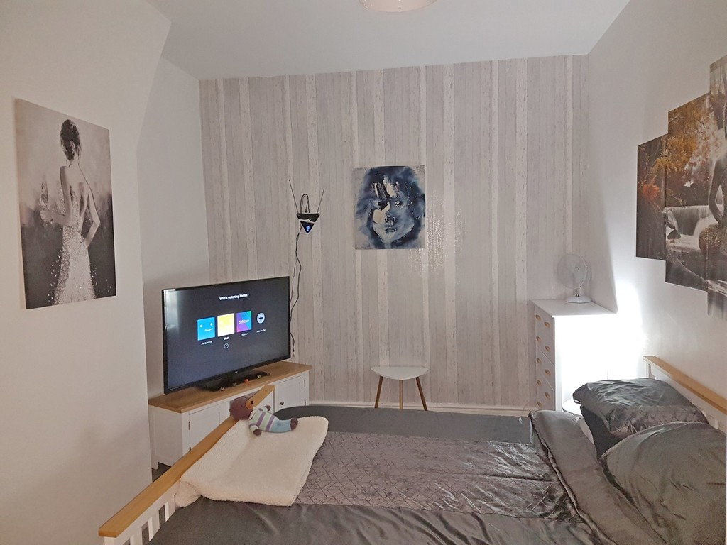 2 bedroom mid terraced house Let Agreed in Blackburn - photograph 10.